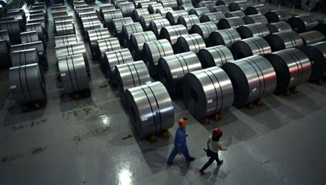 China to ban new steel,coke and aluminium capacity