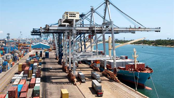 Chinese company builds container terminal for Ghana