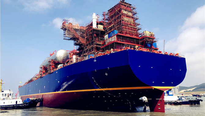 The first 85.000cbm VLEC was successfully undocked