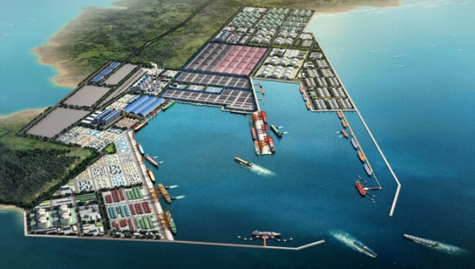 Maoming opens new port