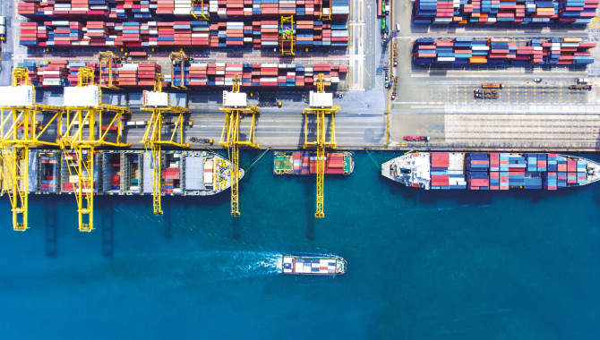HK's shipping industry requires long-term strategy