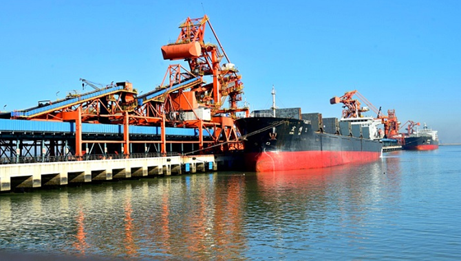 Huanghua port coal loading hit new high in May
