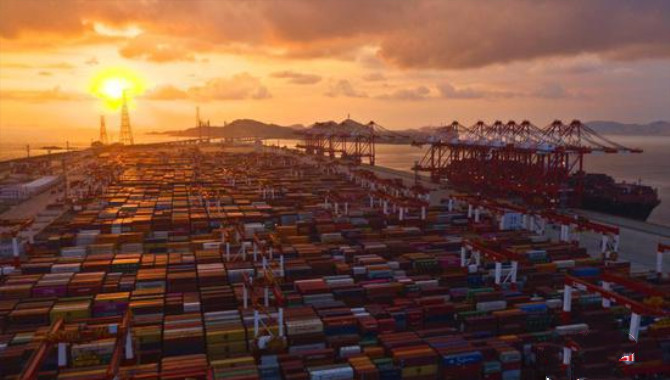 China releases guideline to build world-class ports
