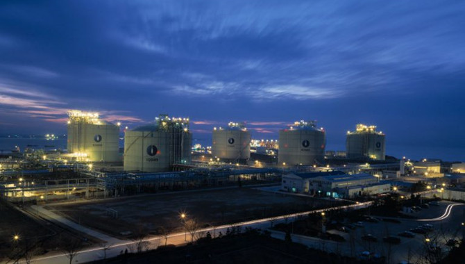 China's composite LNG import price drops last week