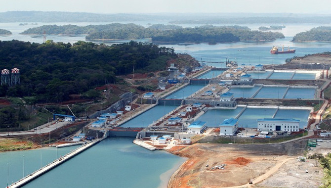 Panama Canal implements water tax on ships
