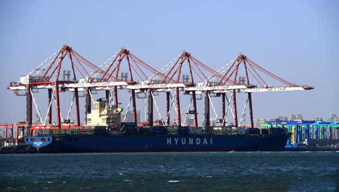 China utilizing Beidou for container port automatio